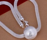 silver reticular necklace