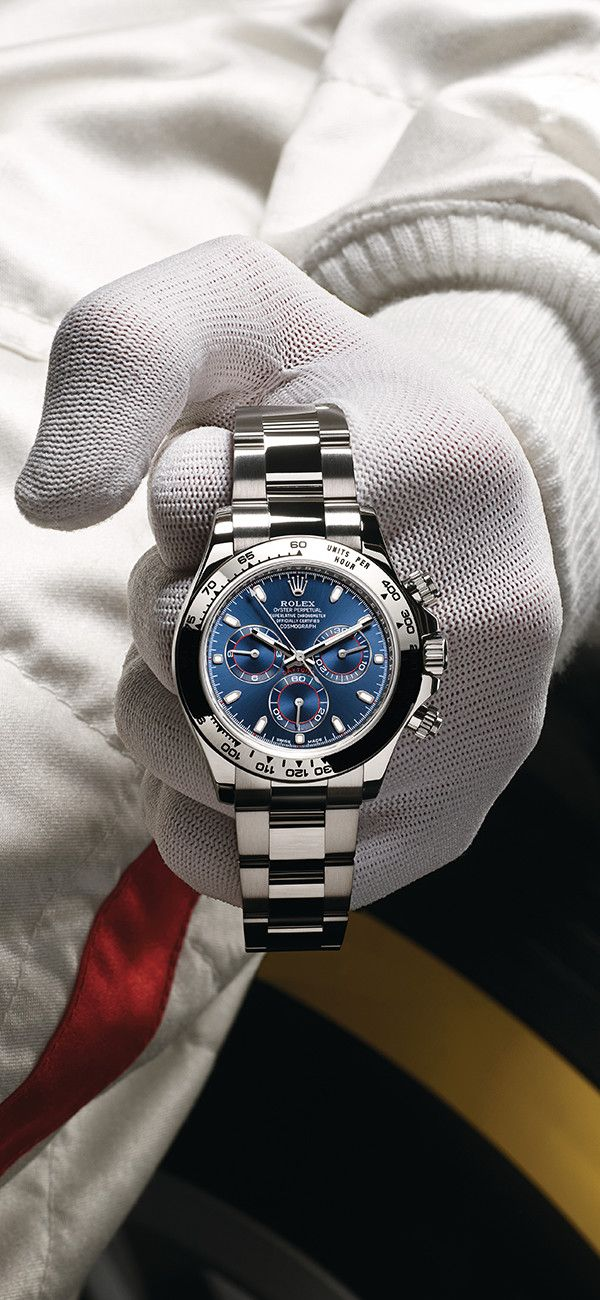 Rolex Cosmograph Daytona in 18ct white gold with a blue dial. Photographed by Régis Golay.