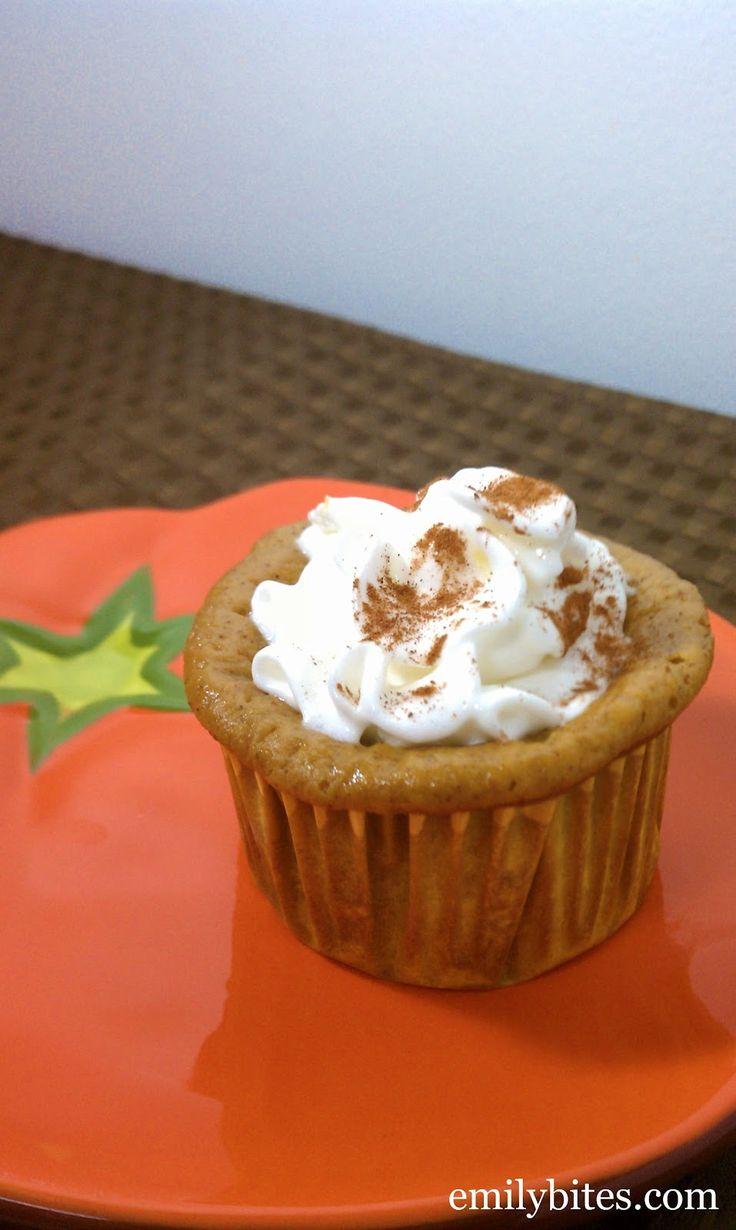 Emily Bites - Weight Watchers Friendly Recipes: Crustless Mini Pumpkin Pies