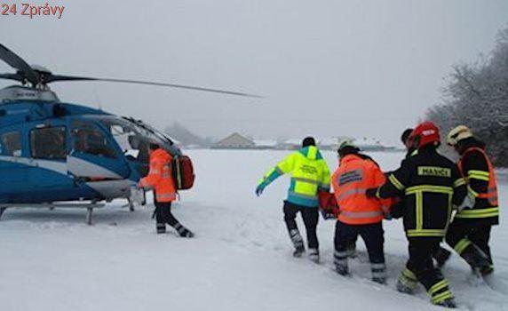 V Krkonoších se srazili dva lyžaři, skončili v bezvědomí. Jednoho odvezl vrtulník