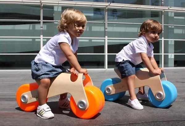 Function & style creating the perfect start to a life on two wheels. Designed by Spanish designer, Glodos. (18mths+)