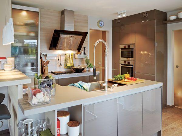 offen f r genuss k che und essplatz im wohnidee haus 2013 gemeinsam kochen und essen oder. Black Bedroom Furniture Sets. Home Design Ideas