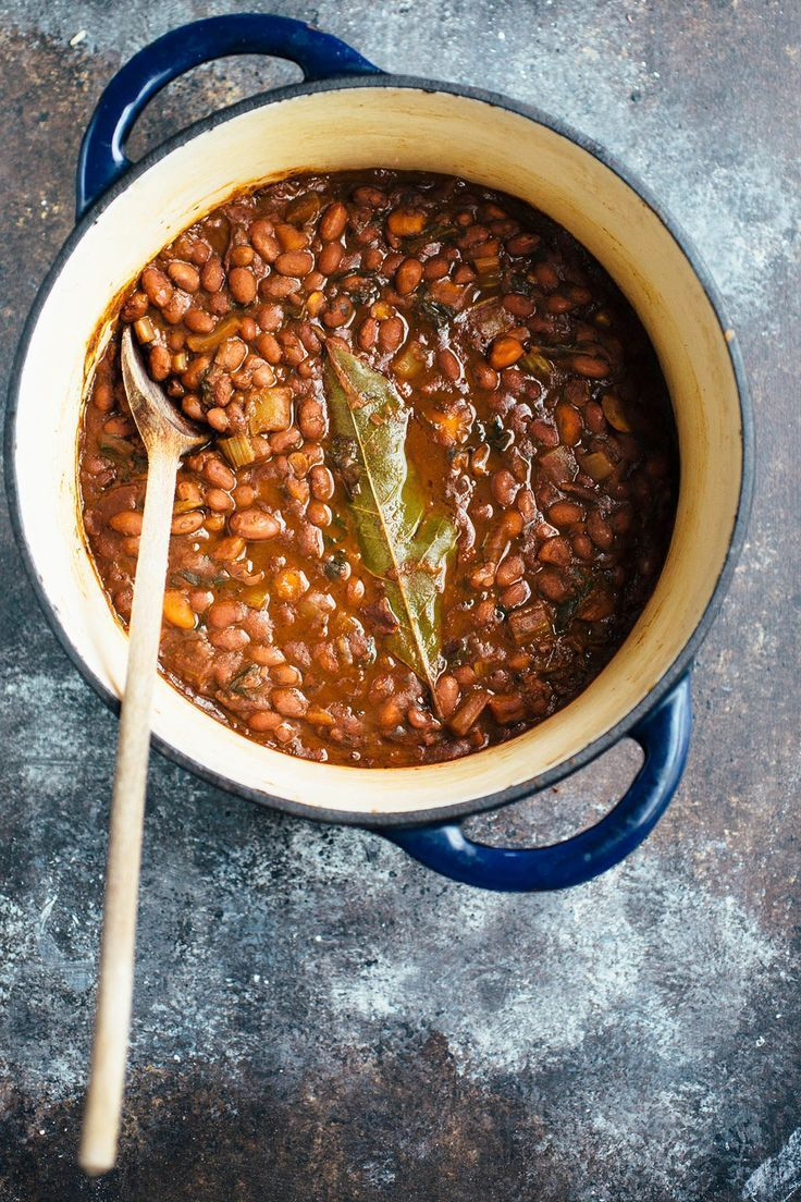 Been trying to find healthy recipes for the new year and am loving this recipe for a simple vegetarian main! This easy and healthy Vegetarian Red Beans & Rice recipe is loaded with vegetables that cook down with the beans so they end up melt-in-your-mouth tender and packed with flavor.