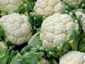 bloemkool-kerrie met uitjes  en aardappelblokjes roerbakken MAGER