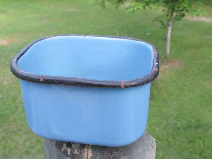 Vintage Blue Enamelware Rectangle Bowl--Enamel Storage Container--Retro Kitchenware--Camp Gear--Rustic Cookware by AlloftheAbove on Etsy