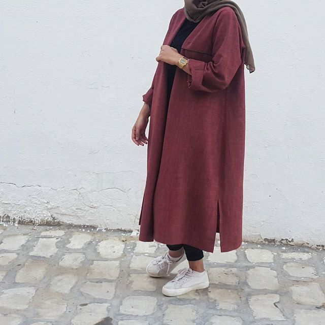 oversized maroon jacket cardigan long + black skinny jeans + shirt + dark olive green scarf/hijab + white sneakers