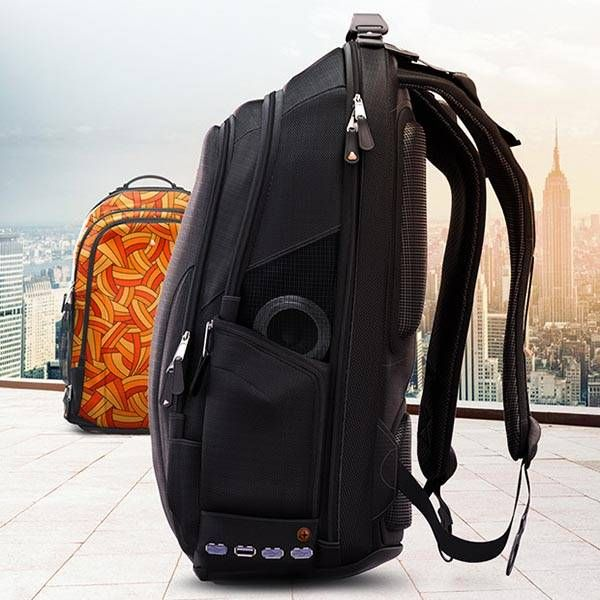 iBackPack Backpack Shows off Integrated Power Bank, Bluetooth Speaker, GPS Tracking System and More
