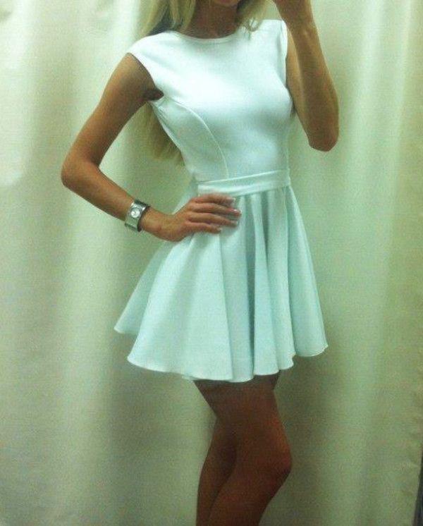 vestido blanco corto casual