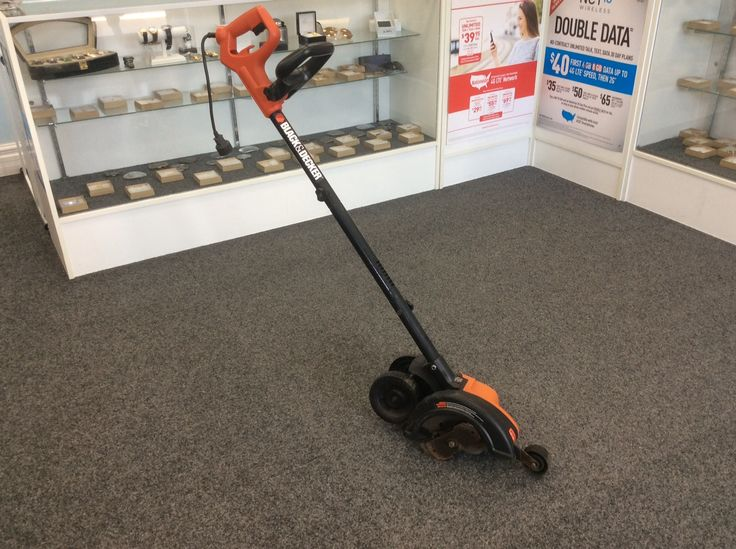 Black and Decker EdgeHog LE750 Priced at $64.99 available at Gadgets and Gold!