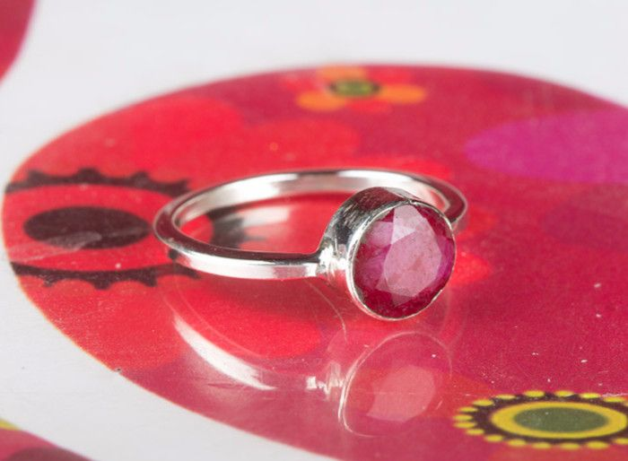 Ruby Jewellery – Stuning Handmade Red Ruby Gemstone Ring – a unique product by Midas-Jewelry on DaWanda