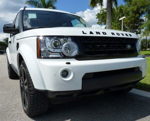 2013 Land Rover LR4, Fuji White