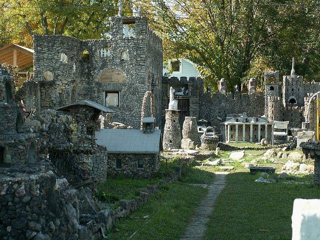 11 Hidden Gems In Ohio You Need To Check Out - 5) Hartman Rock Garden (Springfield)
