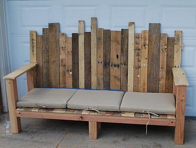 Love love this easy idea for a garden bench, especially since garden benches can be so expensive!