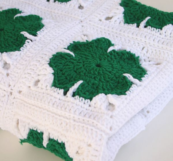 18 #Crochet Clovers and Shamrock Patterns for St. Patrick's Day |