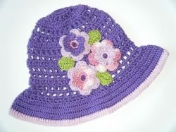 Háčkovaný klobouček IHNED k odeslání