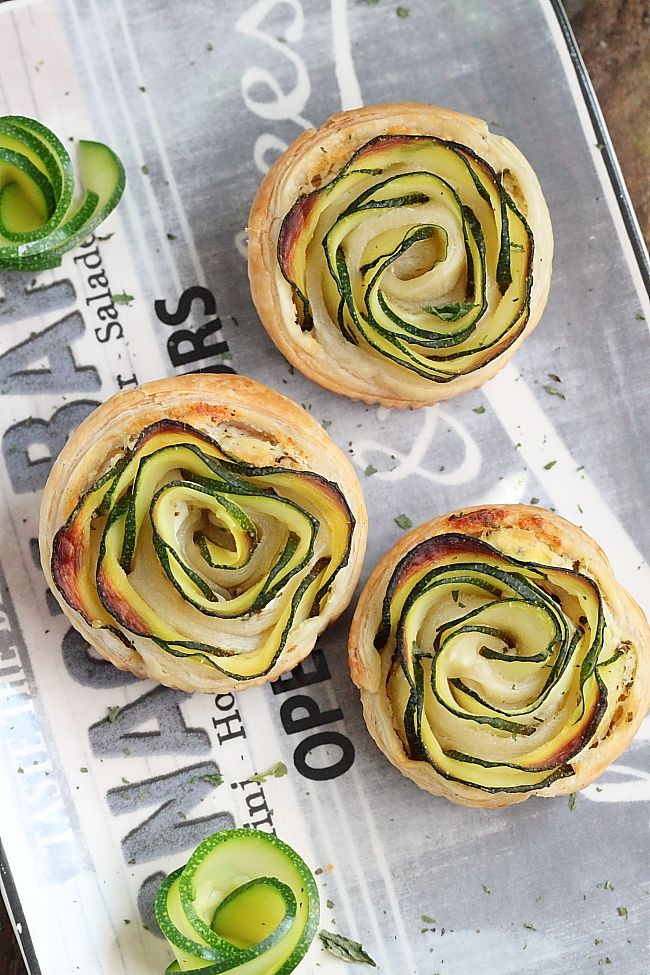 Zucchinis (courgettes) and goat cheese tartlets