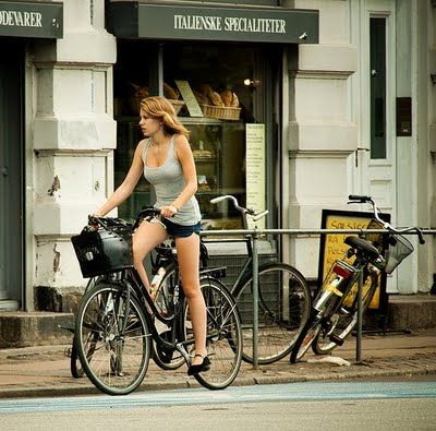 Bicycle Ladies: Inspiration, or a Strange Fascination? - ilikeiwishiheartilikeiwishiheart