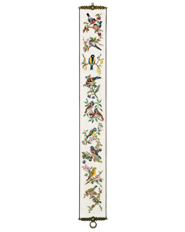 Rosenstand, Klocksträng Fåglar, 352682, Broderas med moulinégarn i räknade korsstygn på naturfärgad linneväv, 10 trådar/cm