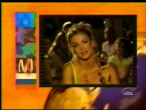 Britney Spears (05/10/00) [World Music Awards]