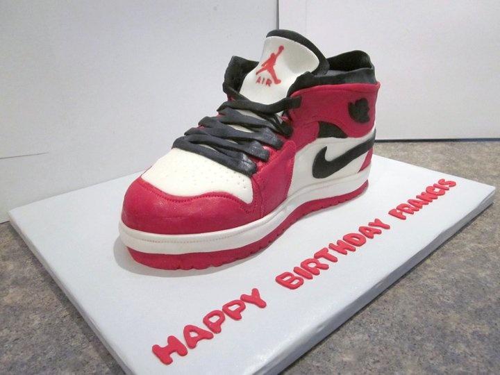 CakeCrazy Edible Art: 3-D Cakes. Jordans Basketball ShoesNike ...