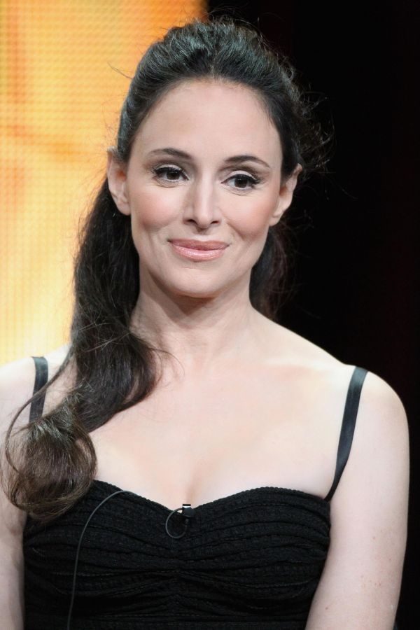 Madeleine Stowe -Playing by Heart -We were Soldiers -The Last Of The Mohicans -Twelve Monkeys