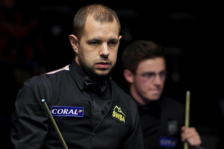 Barry Hawkins eased to a 6-1 win over Ashley Carty.
