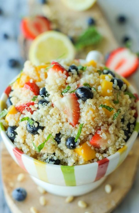 Quinoa+Fruit+Salad+-+This+protein-packed+quinoa+salad+is+balanced+with+a+tart+vinaigrette+and+refreshing+mint!