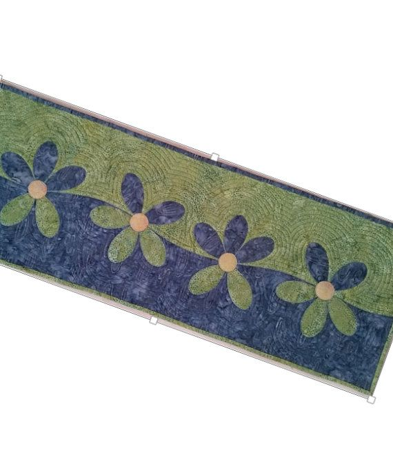 Wavy Daisy Table Runner / Wall Hanging Quilt by QuiltLilyDesigns