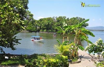 Monkeys, Islands and Boats in Granada, Nicaragua from Gringa TravelingMom