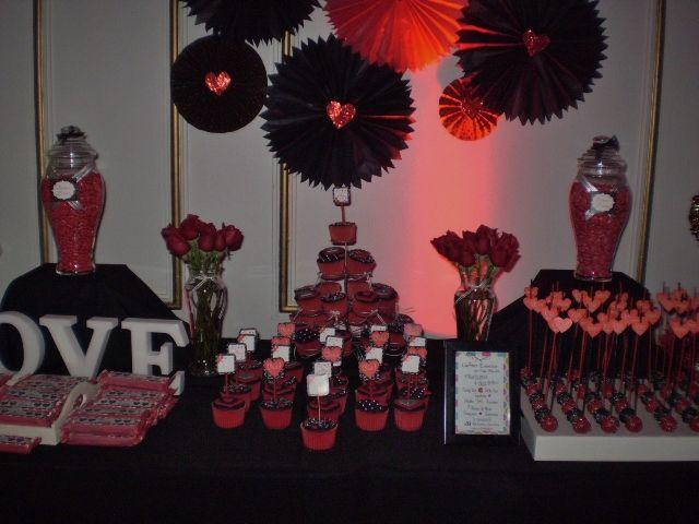 Floreros con Rosas Rojas... Love