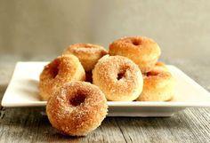 Τα αγαπημένα μικρών και μεγάλων! Συνταγή για ντόνατς κανέλας ψημένα στο φούρνο!!!