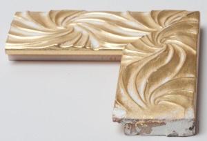 #Cornice moderna per quadri lavorata disponibile dorata e argentata