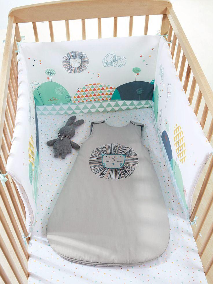 Silhouette Gigoteuse brodée Forêt magique + Tour de lit thème Forêt magique + Drap housse bébé thème Forêt magique + Pyjama coton bébé mixte -
