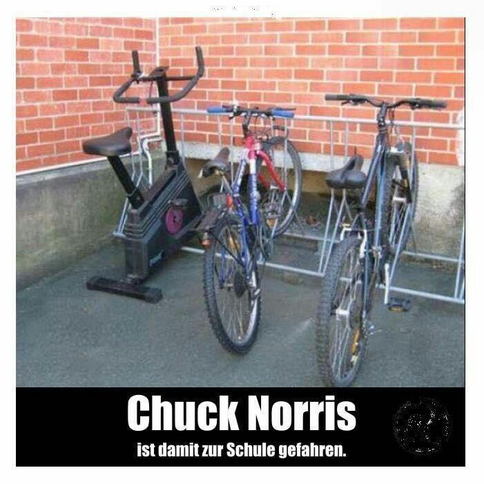Chuck Norris fährt so zur Arbeit.