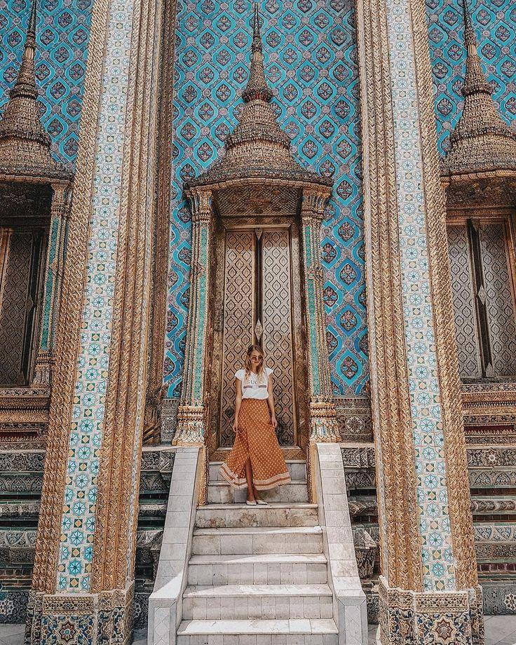"""ถูกใจ 81.2k คน, ความคิดเห็น 1,079 รายการ - Leonie Hanne (@ohhcouture) บน Instagram: """"Ultimate door goals - The Thailand edition! Find all my favorite Bangkok spots on the blog.⚜️✨…"""""""