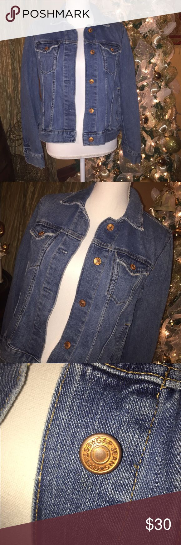 Denim GAP jacket Great condition. Denim GAP jacket. Size large. GAP Jackets & Coats Jean Jackets