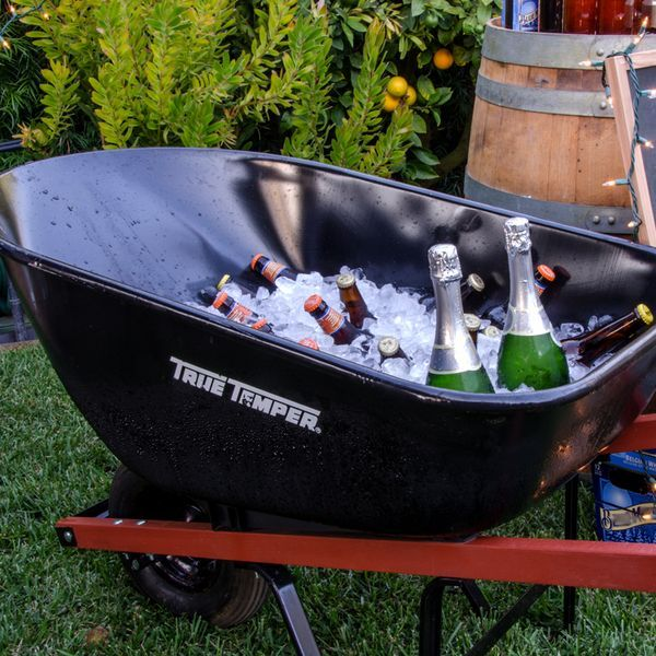 Forget the ice chest. This adds so much more personality! #DIY #party
