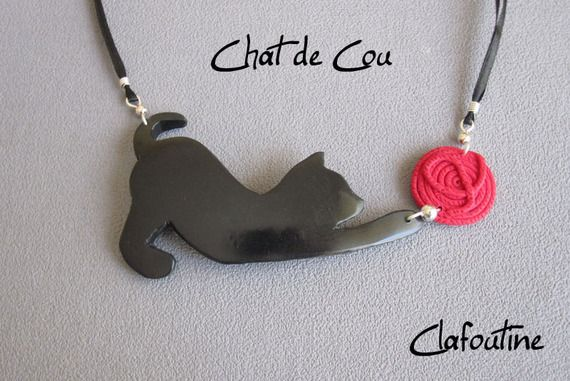 Ожерелье оригинальное и весело Черный кот: Черная кошка и красный шар из полимерной глины