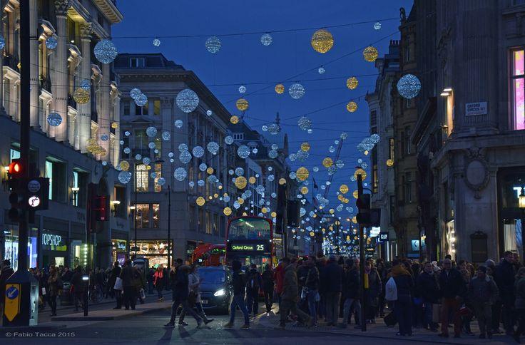 https://flic.kr/p/CHcUfM | Oxford Circus | Christmas shopping