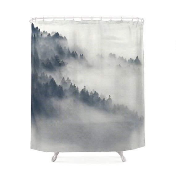 Nebel im Wald-Duschvorhang, Naturfoto, Decor Art, Landschaftsfotografie, Winter, Nebel, White, stilvoll, Chic, Wald, Berg-Bäume