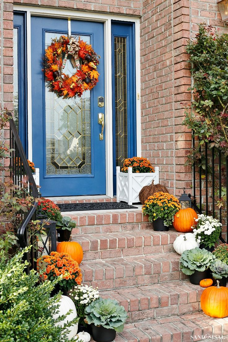 Doors pleasant fall decorating ideas for outside pinterest autumn - Find This Pin And More On Fall Decor Ideas By Fmyfrontporchty