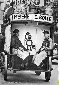 Berlin 1937 Milchwagen der Meierei Bolle