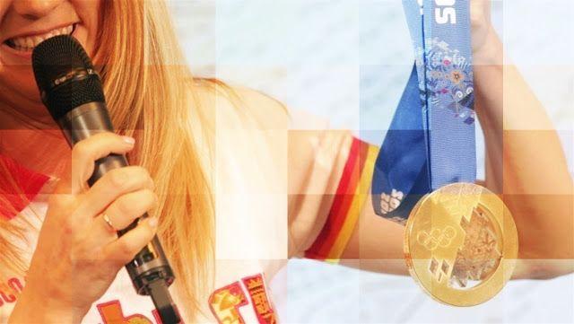 #Sochi2014: Olimpíadas russas darão medalhas com meteorito | Parece estranho, anormal, e é. As Olimpíadas de Inverno Sochi 2014 darão medalhas de ouro com pedaço de meteorito. Prêmio deve ser oferecido aos vencedores das modalidades no dia do aniversário da queda da pedra espacial. Confira essa esquisitice. http://curiosocia.blogspot.com.br/2013/08/olimpiadas-russas-darao-medalhas-com.html