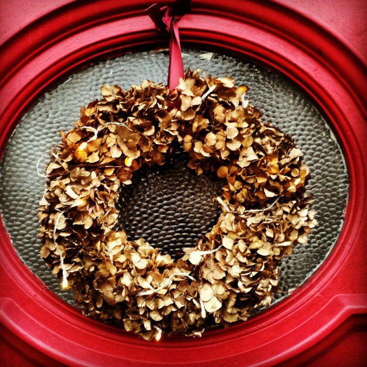 Gold hydrangea wreath with fairy lights