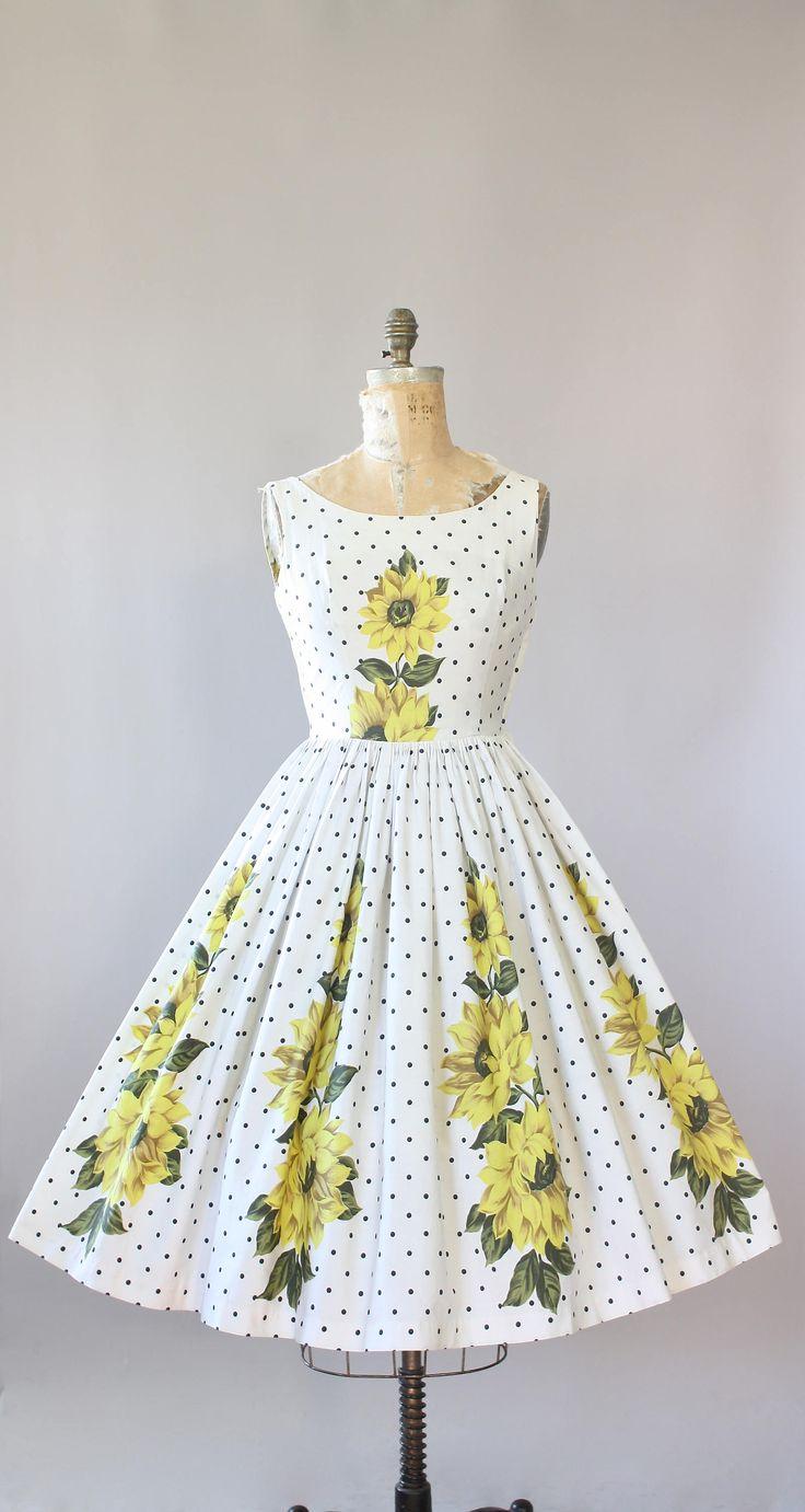 Mintgroene jurk met kant