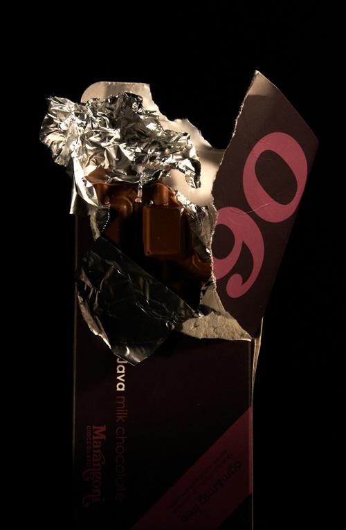Chocolate packs! by Valentina Marchionni, via Behance