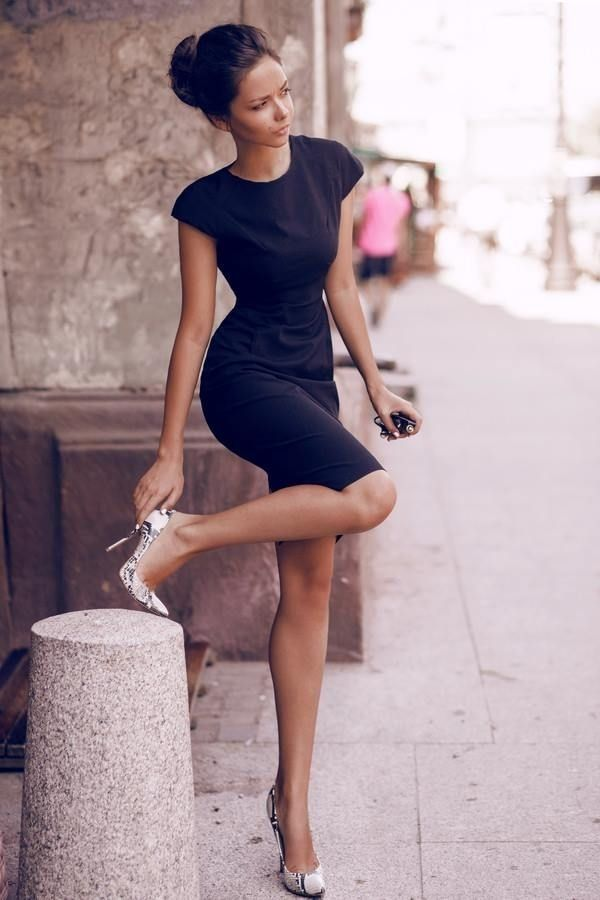 Can't go wrong with classic black ..love the heels