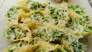 Gevulde pasta schelpen met broccoli en kip | Oven/Airfryer - Knutselen in de Keuken