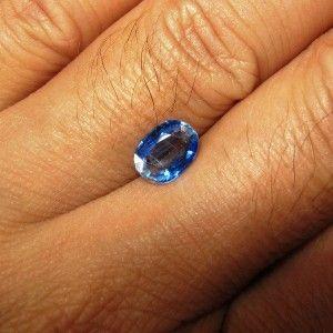 Blue Kyanite Oval 1.29 carat bagus untuk dijari anda
