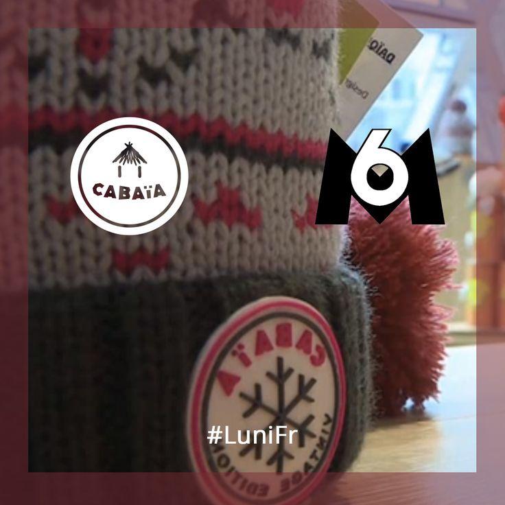Cabaia à la Télé ? Non non vous ne rêvez pas !!  Un bonnet --> 3 styles grâce à son système de pompons interchangeables       http://luni.fr/le-mag/des-pompons-stars/   #Cabaia #lunifr #M6 #en2017 #bonnet #enjoywinter #hiver #fashion #mode #france #passansmonbonnet #froid #solde2017
